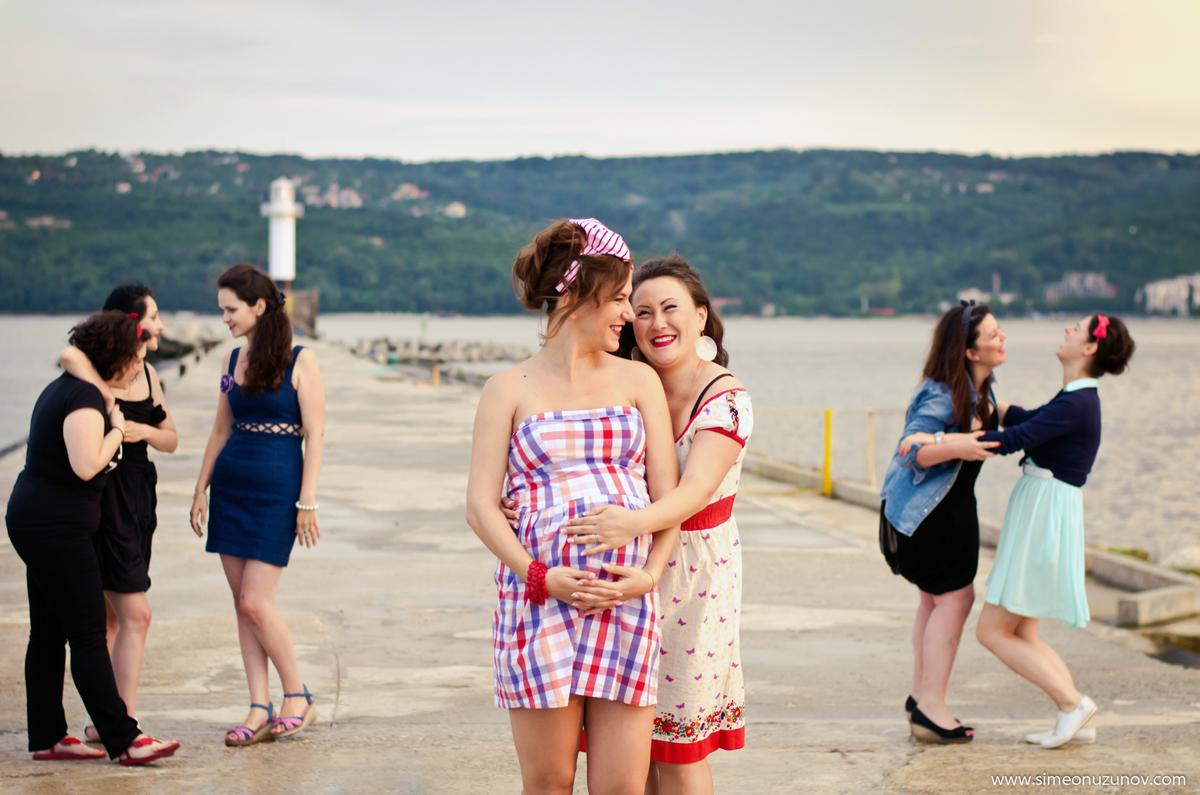 фотографи на моминско парти на морето