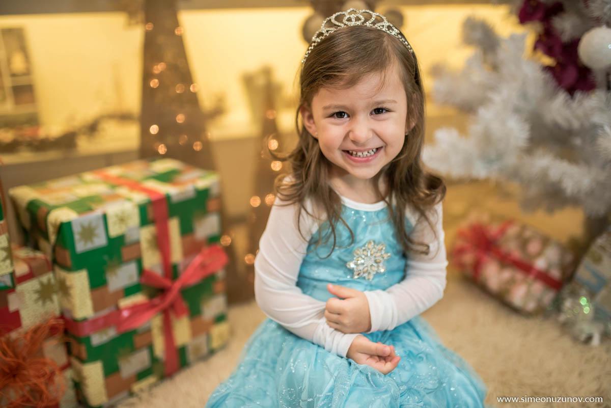 добър детски фотограф варна коледна фотосесия
