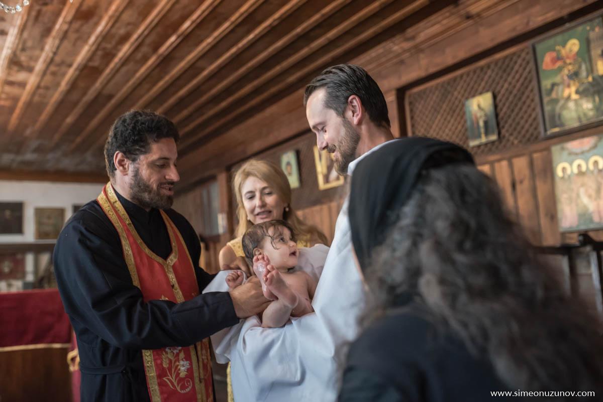 детски фотографи варна кръщене