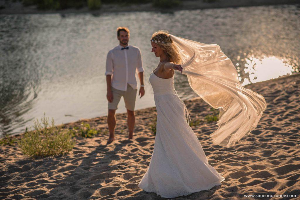 сватбена фотосесия на морето варна