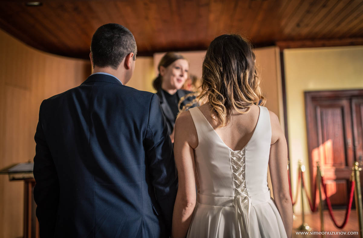 сватбени снимки варна ритуална зала