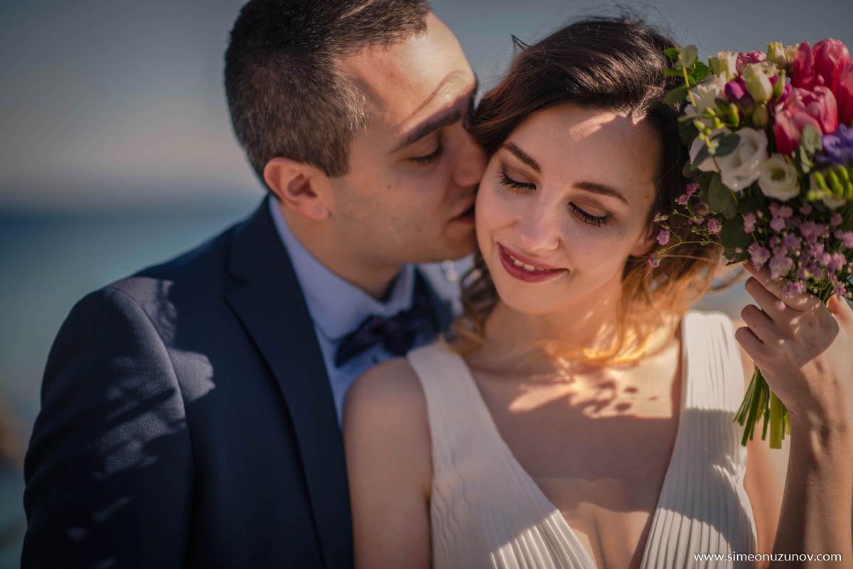 добър сватбен фотограф на морето