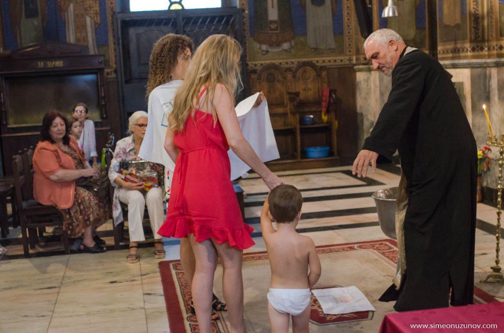 професионален детски фотограф за кръщене