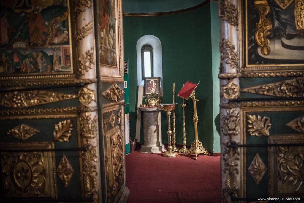 храм свети атанасий варна