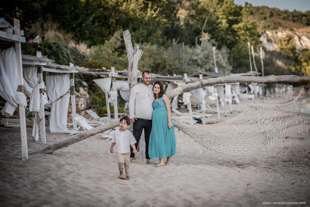 семейна фотосеия плаж аргата трейшън клифс